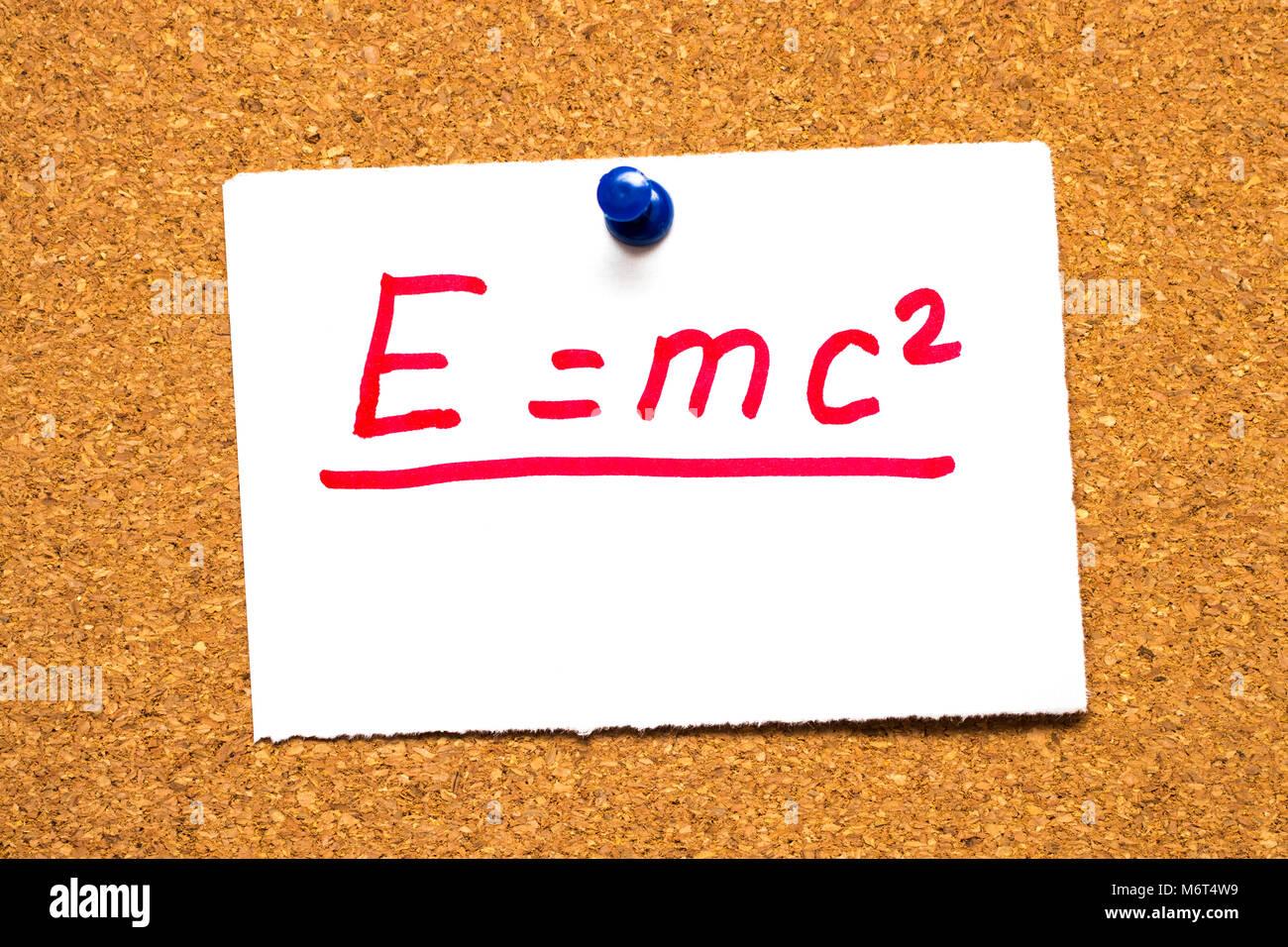 E=mc2 Masse-energie Gleichwertigkeit. Einsteins Formel Stockfoto
