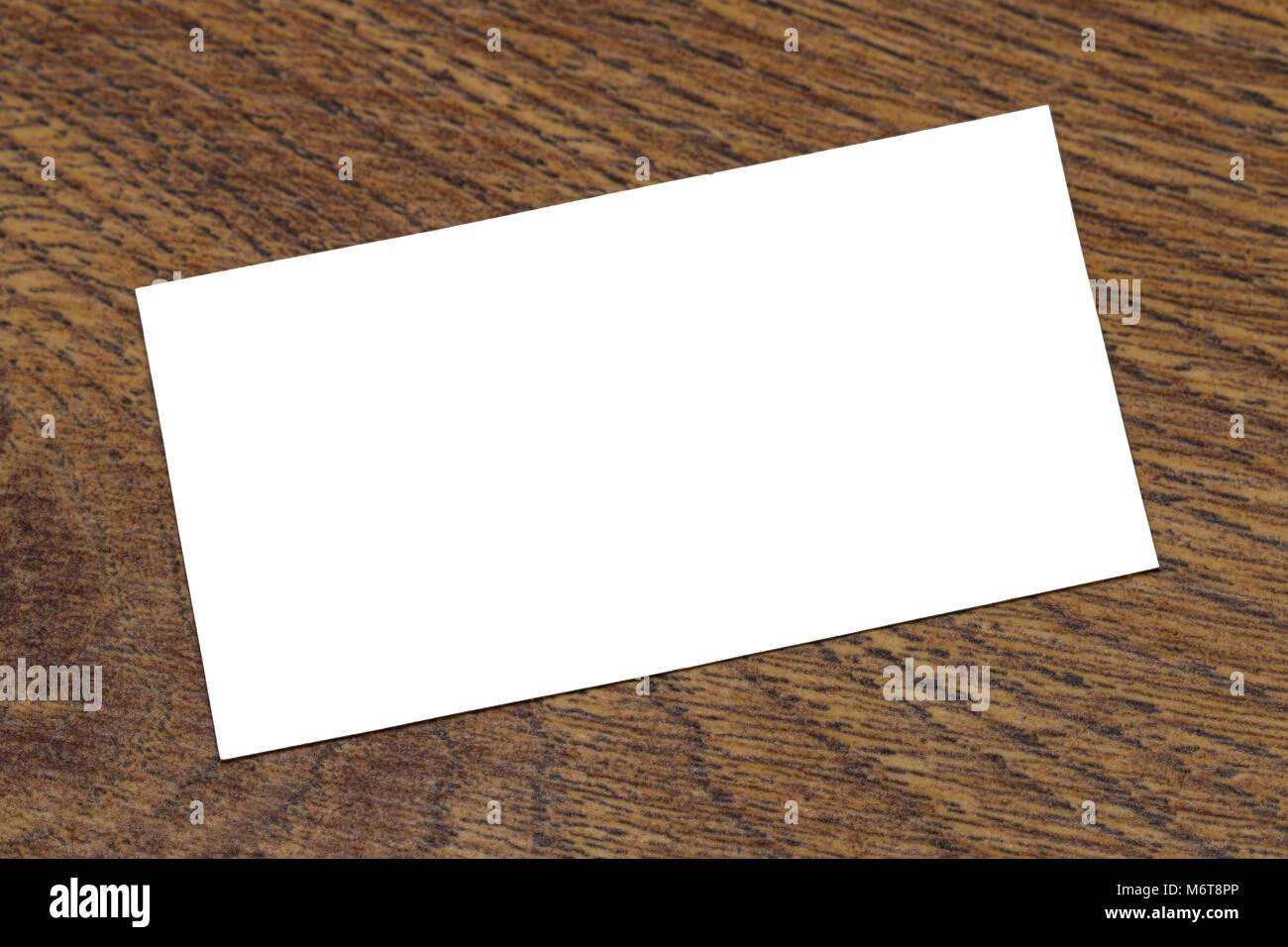 Foto Von Leere Visitenkarten Auf Einem Hölzernen Hintergrund