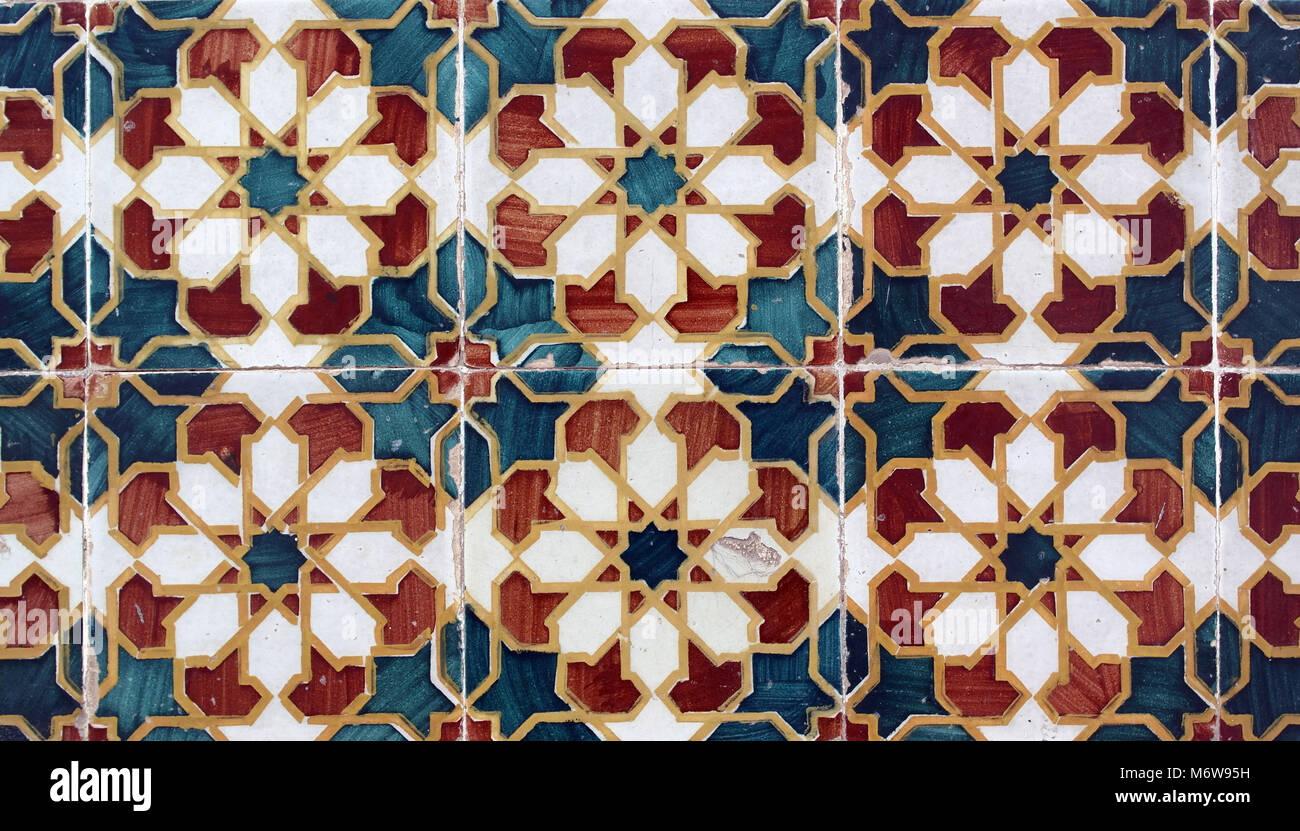 Azulejos Portugiesische Fliesen Stockfoto Bild Alamy - Portugiesische fliesen azulejos