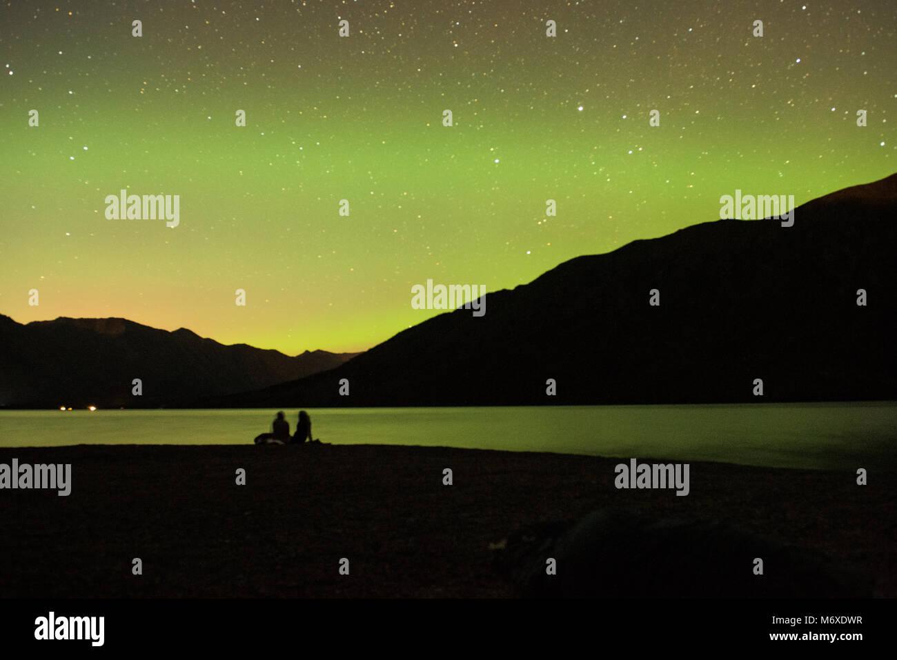 Nordlichter über Kenai See Stockbild