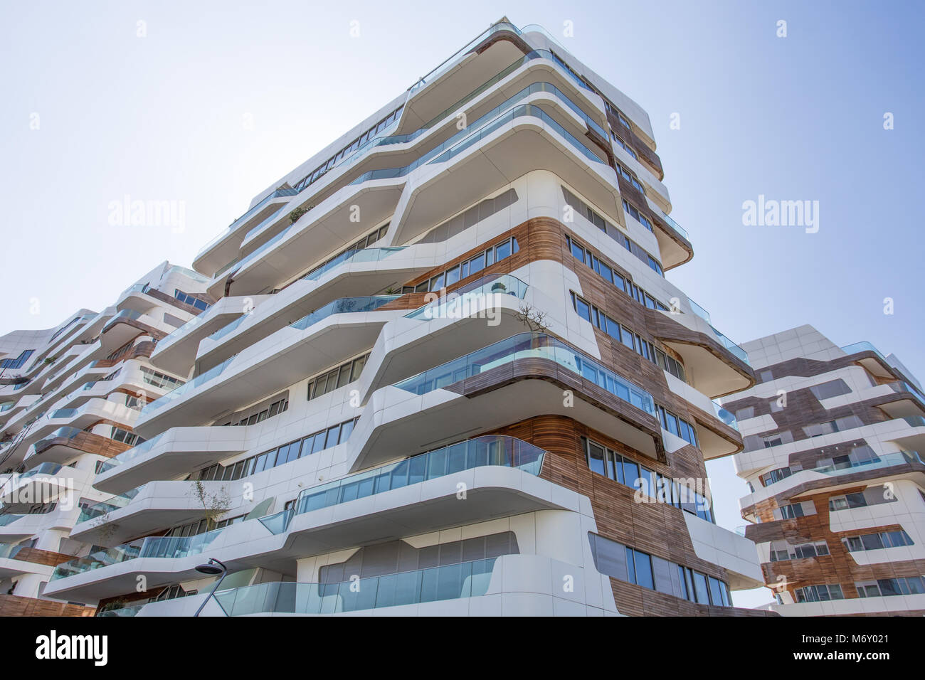Mailand italien 28 m rz 2017 neue modernes wohnhaus for Neue moderne hauser