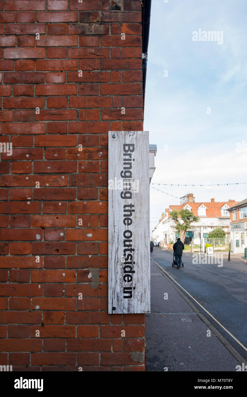 Die Außerhalb In, Landschaftsfotografie und Artefakte shop in Wells-Next-The-Sea, North Norfolk, Großbritannien Stockfoto