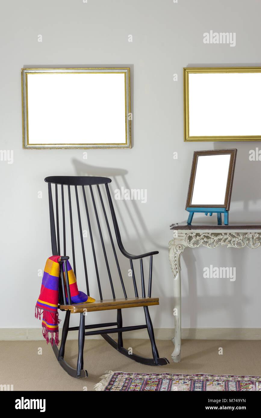 Wooden Rocking Chair Stockfotos & Wooden Rocking Chair Bilder - Alamy