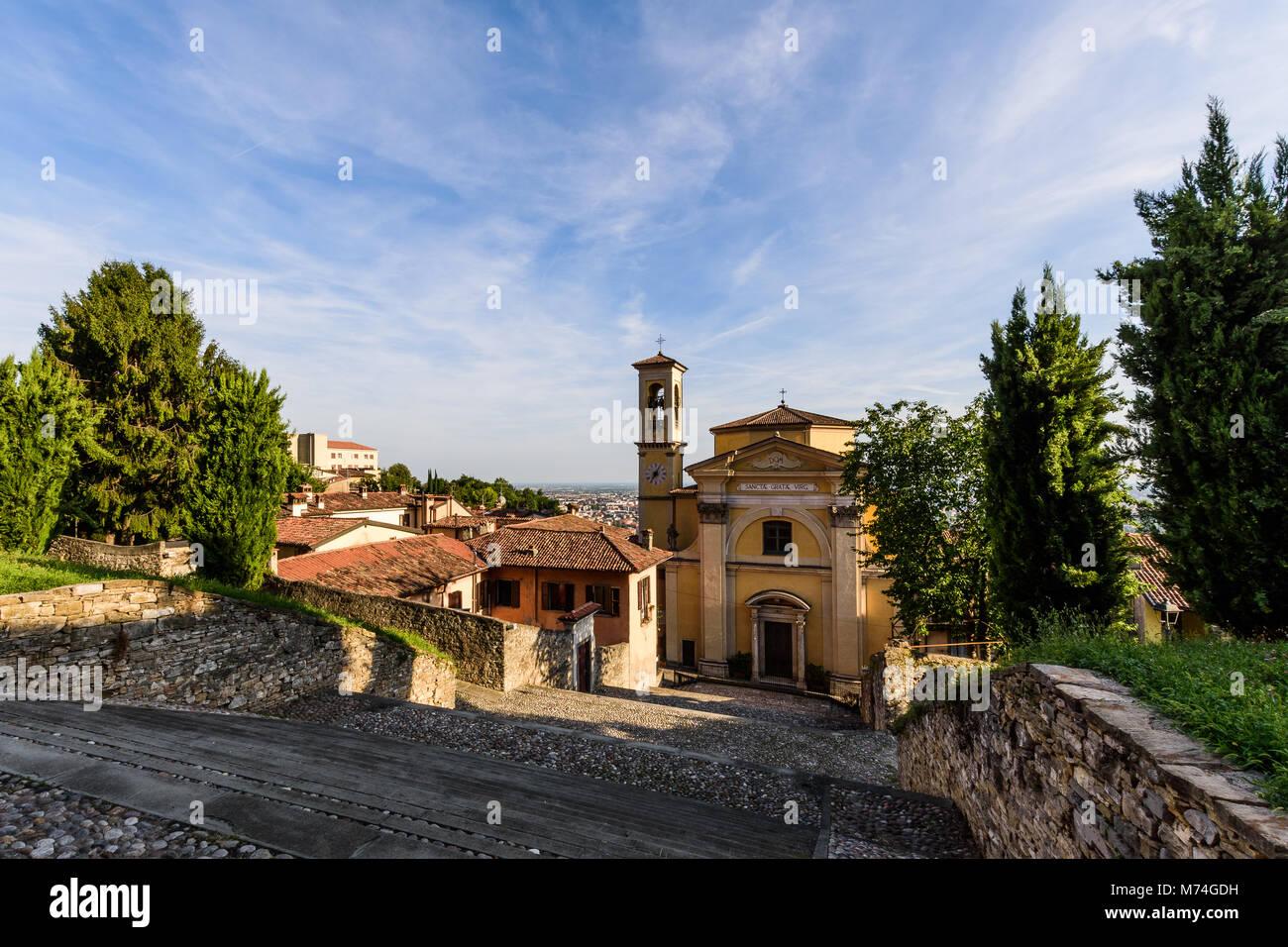 Kirche Santa Grata Inter Vites, Bergamo, Italien Stockbild