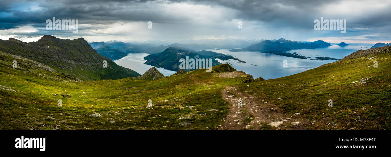 Panorama der Gildeskål und Meløy. Stockbild