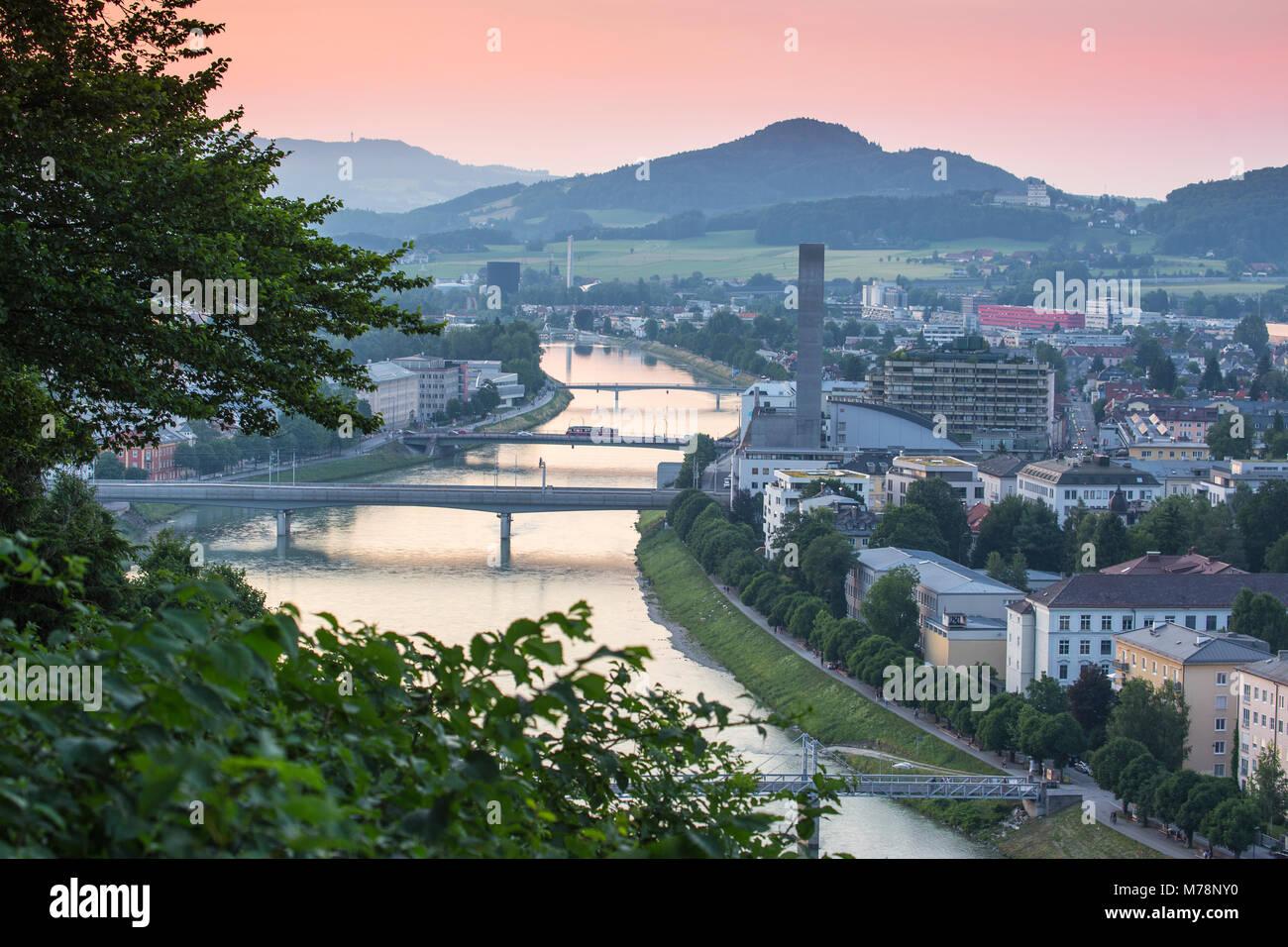 Blick auf die Salzach, Salzburg, Österreich, Europa Stockbild