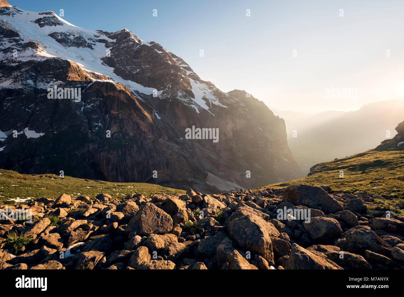Rock Gesicht an Mättenberg in der Nähe von Grindelwald, Kanton Bern, Schweiz Stockbild