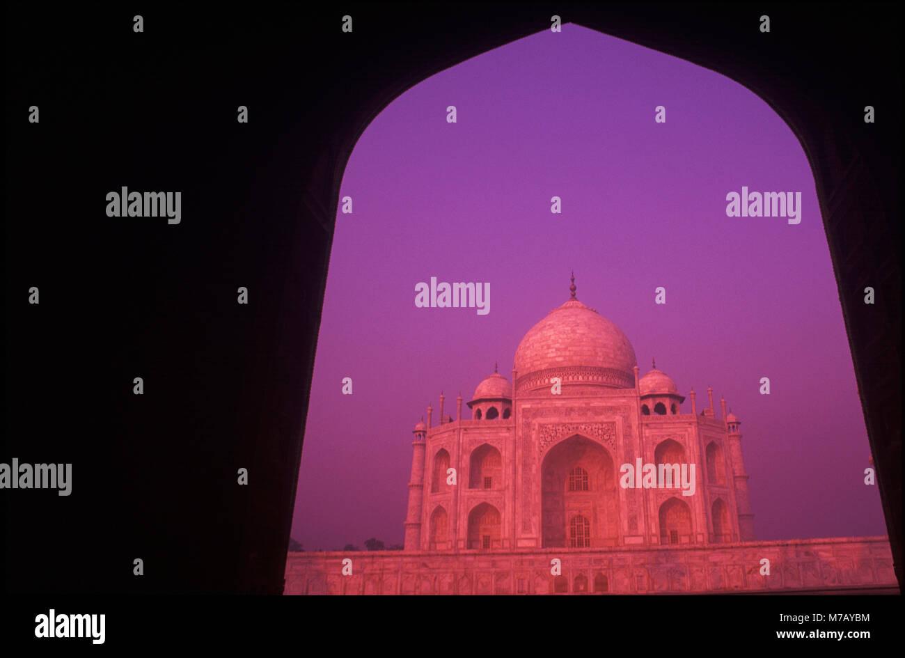 Fassade des ein Denkmal, Taj Mahal, Agra, Uttar Pradesh, Indien Stockbild