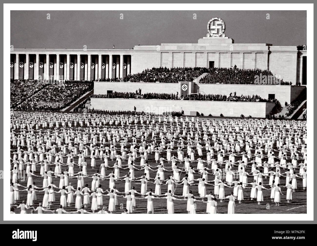 [Image: 1930-die-ns-propaganda-bild-von-nurnberg...m7n2fx.jpg]