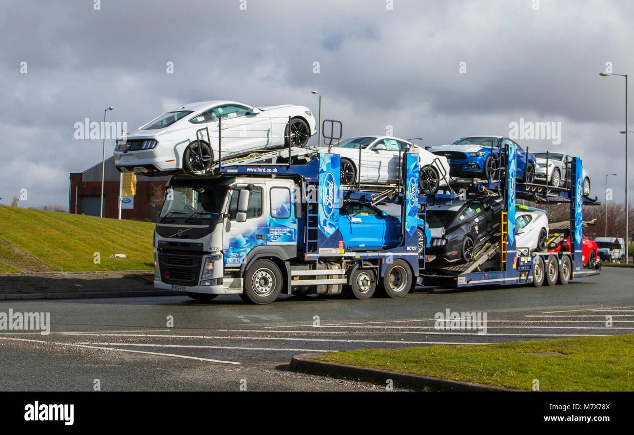 Ford Motor Company, Halewood Transport & Logistik der neuen Autos in Liverpool, Merseyside, UK Stockbild