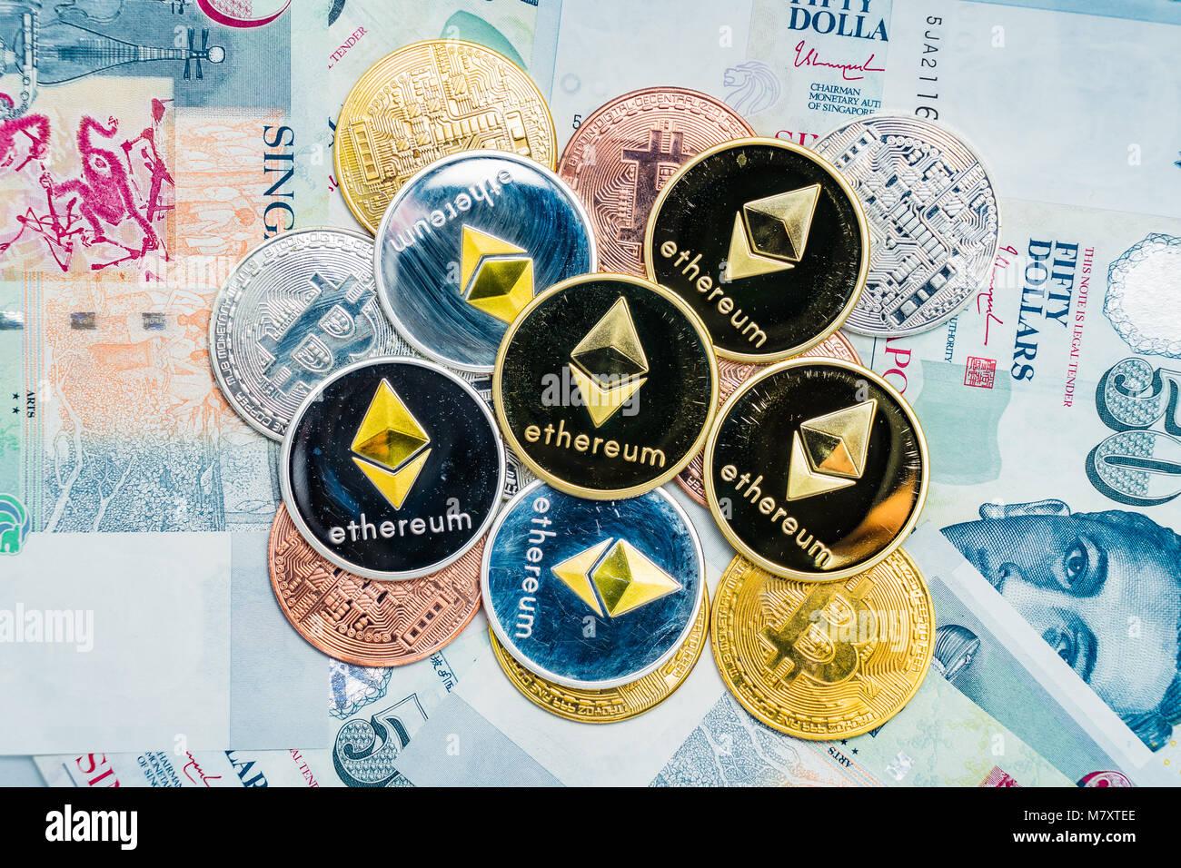 Bitcoin Cryptocurrency Und Des Astraleums Münzen Auf Singapur Dollar