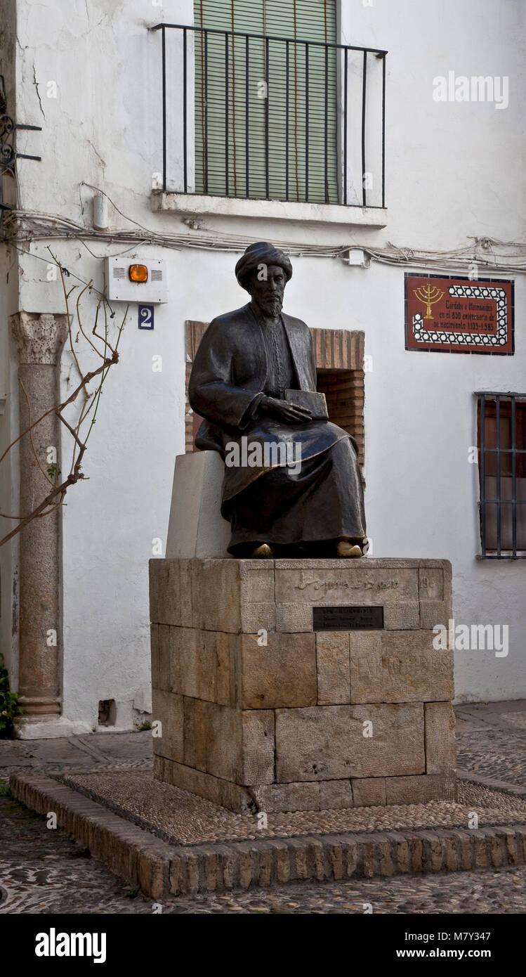 Cordoba, Mose Maimonides-Denkmal. Ibn Maimun. Mosche ben Maimon. Errichtet 1985 in Cordoba für den 1135 geborenen Stockbild