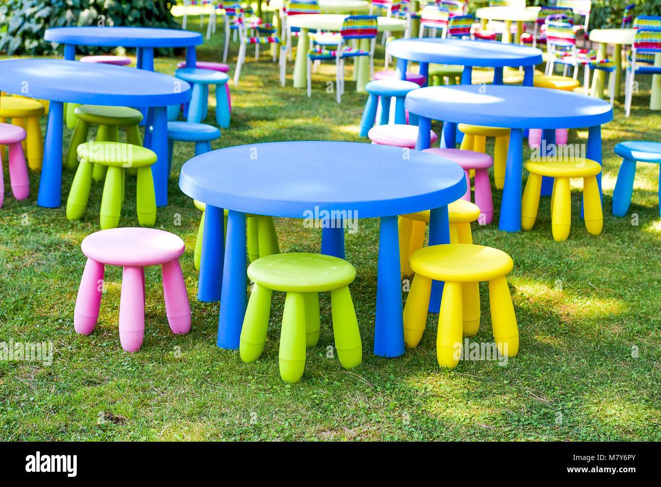 Garten Für Kinder Partei Eingerichtet Moderne Und Komfortable