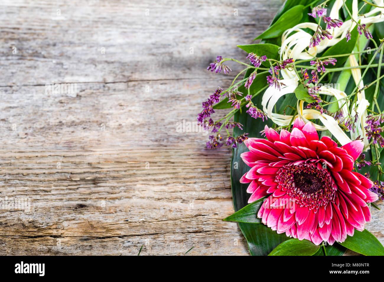 Gerbera Blumen Blumenstrauss Fur Tag Der Frauen Mutter Und Hochzeit