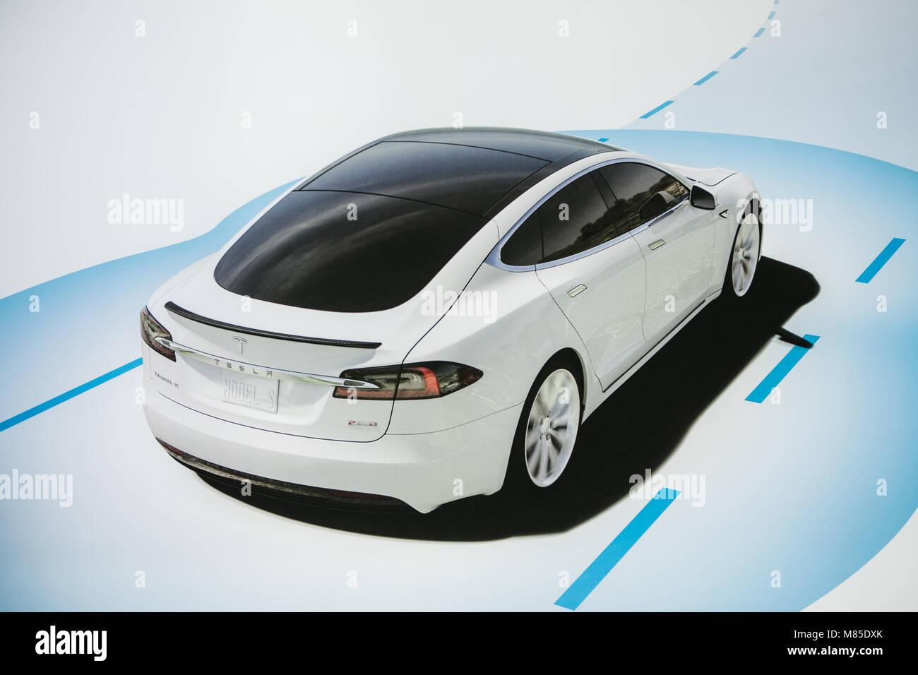 Tesla Motor Stockfotos & Tesla Motor Bilder - Alamy
