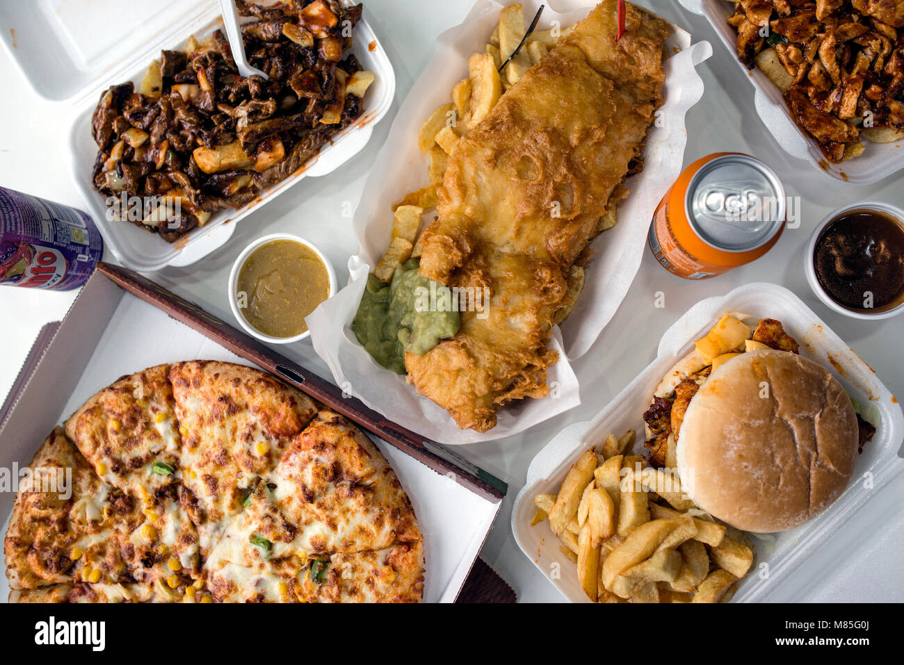 Fisch und Chips, Junk Food von Oben Stockbild