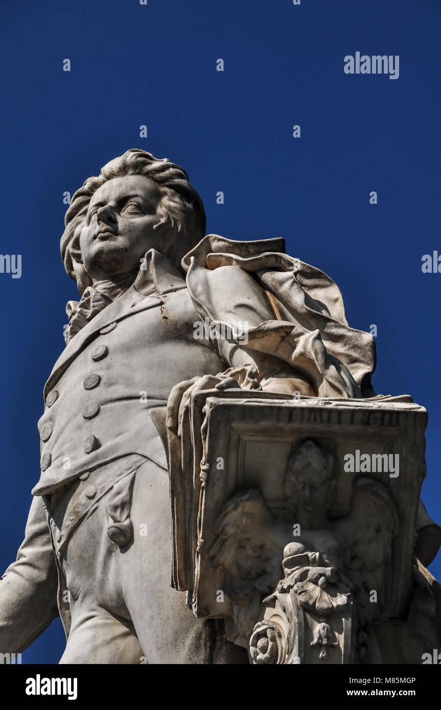 Mozartdenkmal im Burggarten der Wiener Hofburg Stockbild