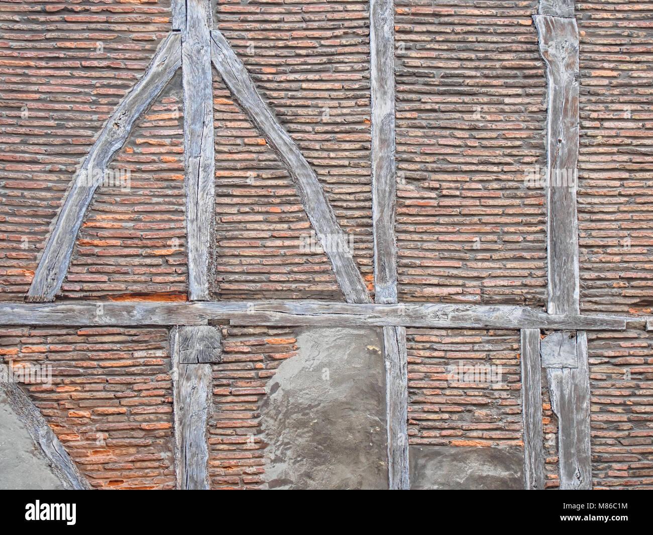 Alte Fachwerkbalken (Post-und-beam) Mauer Hintergrund Stockfoto ...
