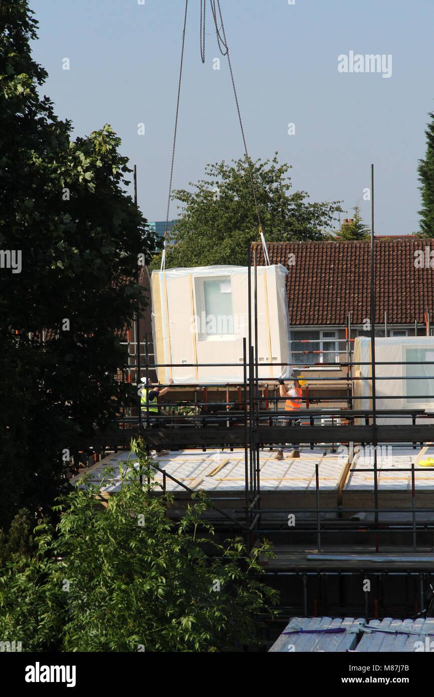 Installieren von strukturellen gedämmten Paneele (SIPS) Stockbild