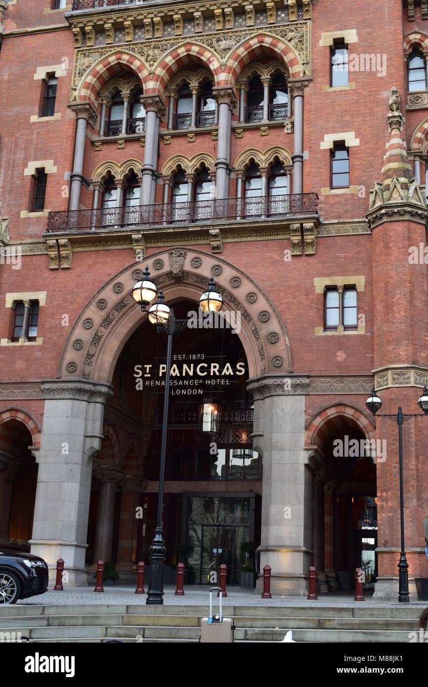 11/03/2018 Hotel St. Pancras in London. Wunderschönes altes Gebäude. Stockfoto