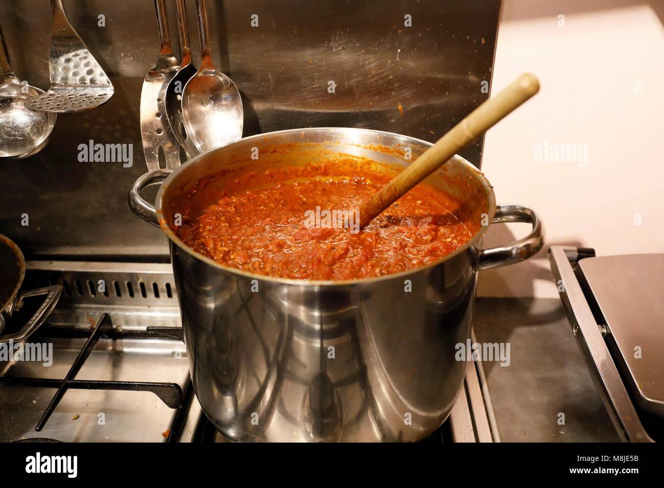 Hausgemachte Sauce Bolognese Stockbild