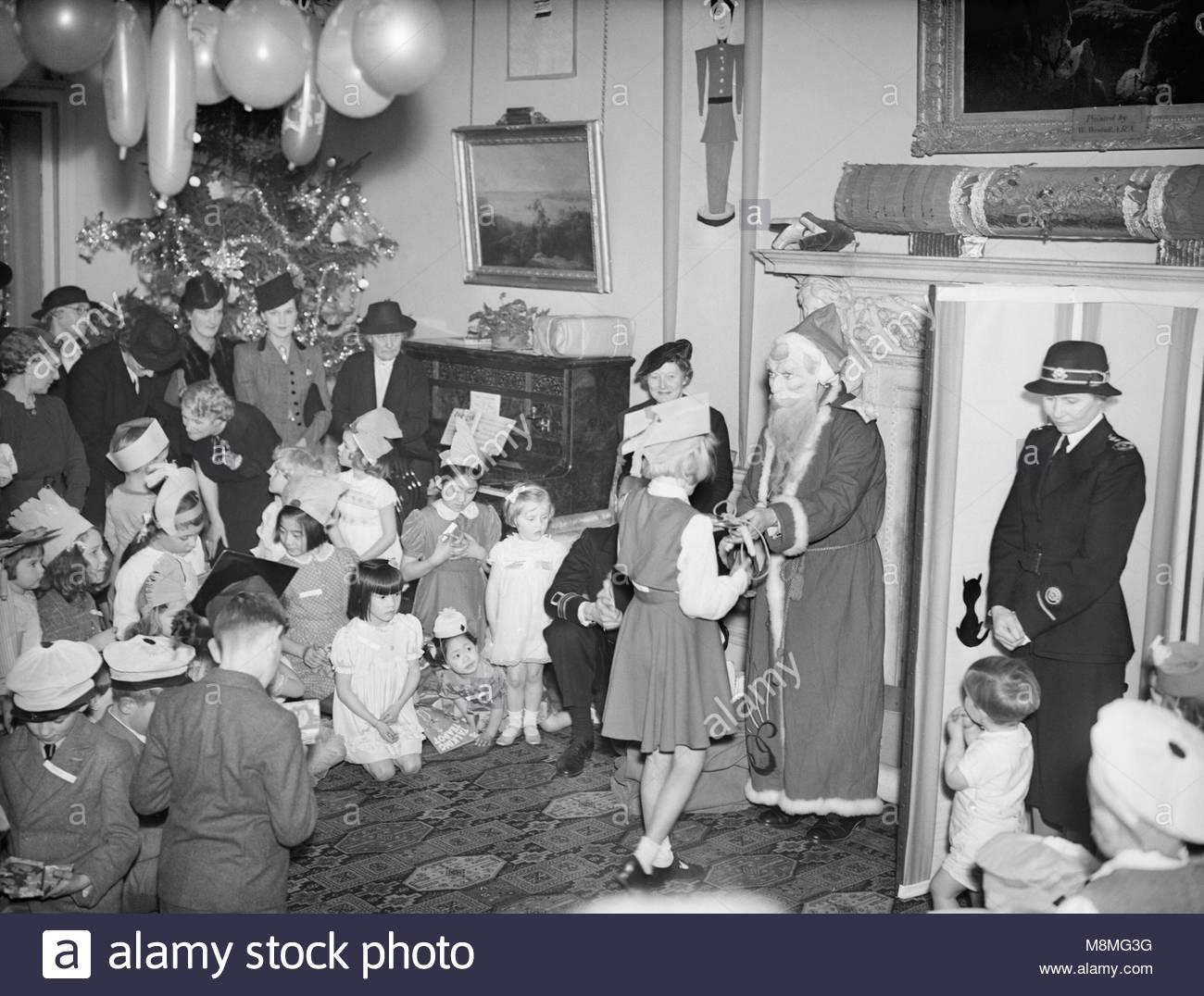 Eine Weihnachtsfeier gehalten an Admiralty House, London, 17 ...