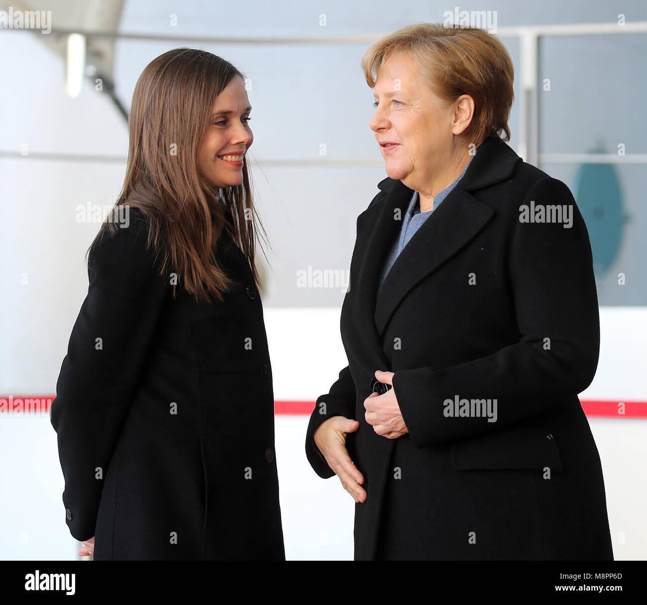 19 März 2018 Deutschland Berlin Bundeskanzlerin Angela Merkel R