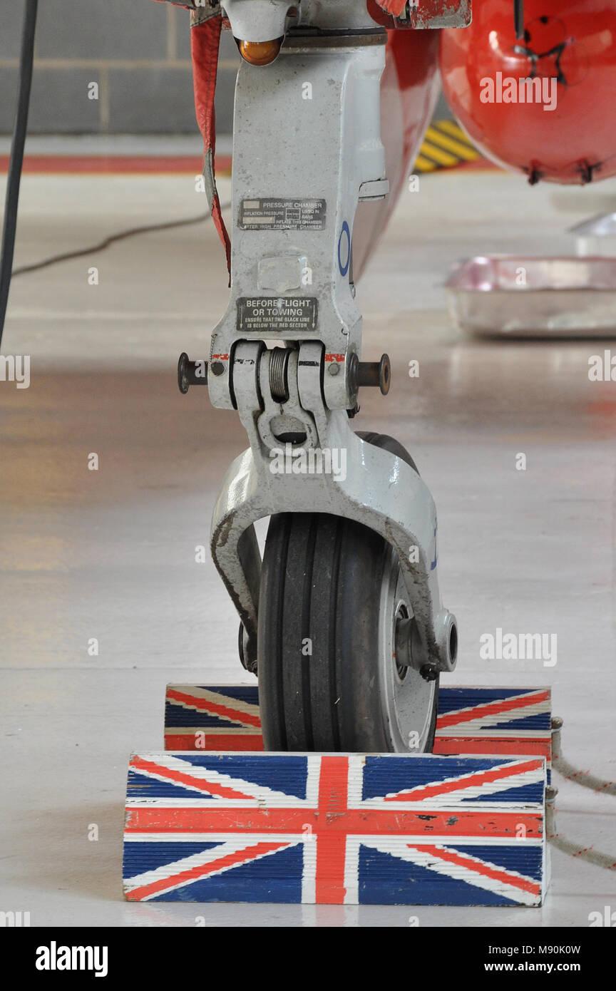 Royal Air Force Red Arrows BAe Hawk T1 Flugzeug an RAF Scampton mit ...