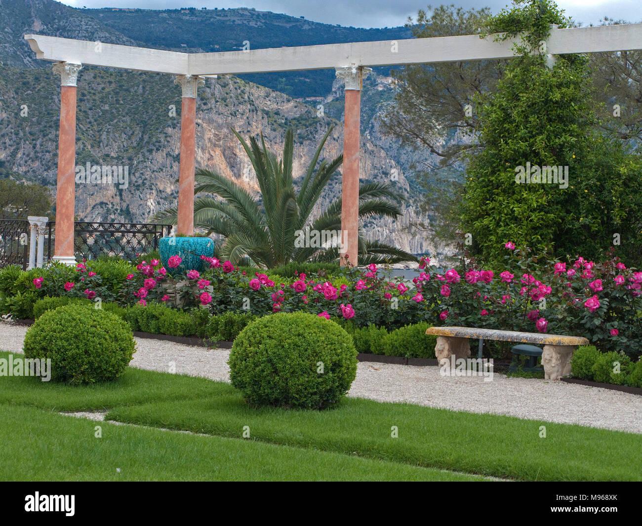 Gardens Villa Ephrussi De Rothschild Stockfotos & Gardens Villa ...