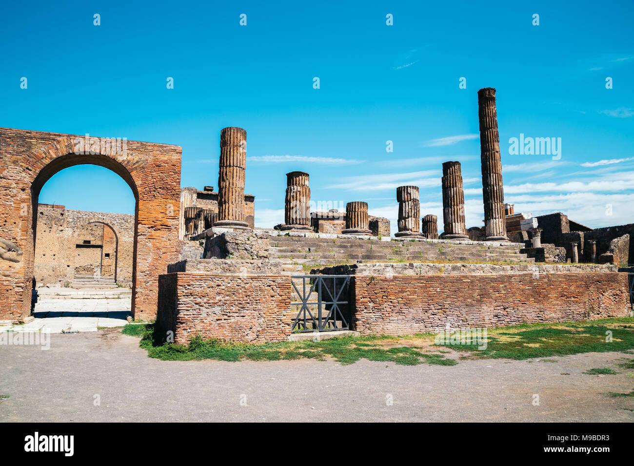 Ruinen von Pompeji. Pompeji ist eine alte Römische Stadt starben von den Ausbruch des Vesuv im Jahr 79 N.CHR. Stockbild