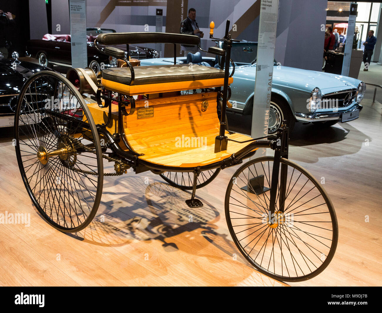 Benz Patent-Motorwagen, 1886. Die Techno Classica in Essen ist die ...