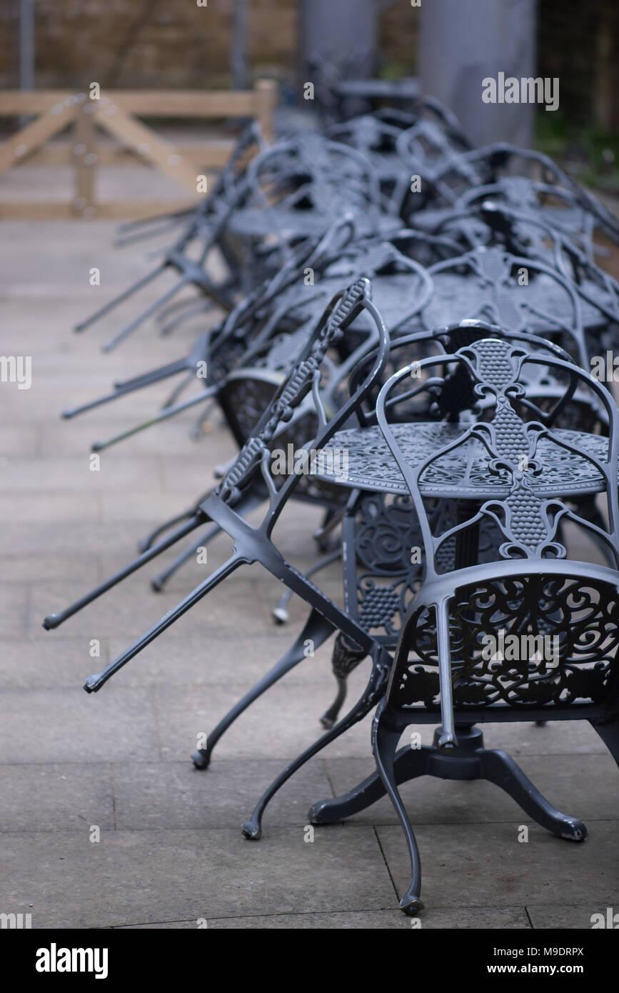Eisen Gartenmobel Stockfotos Eisen Gartenmobel Bilder Alamy