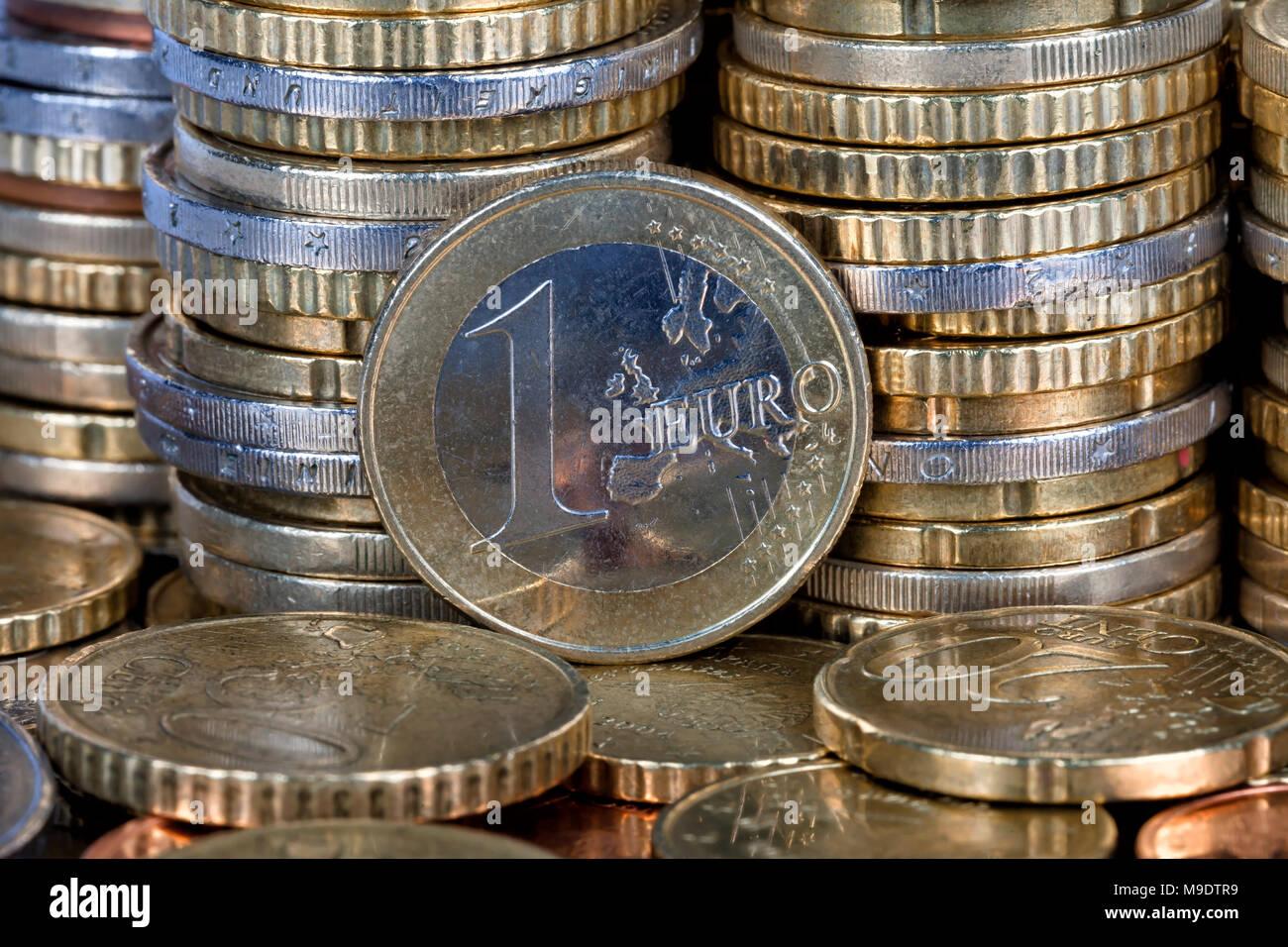 Eine Euro Münze Stockfotos Eine Euro Münze Bilder Alamy