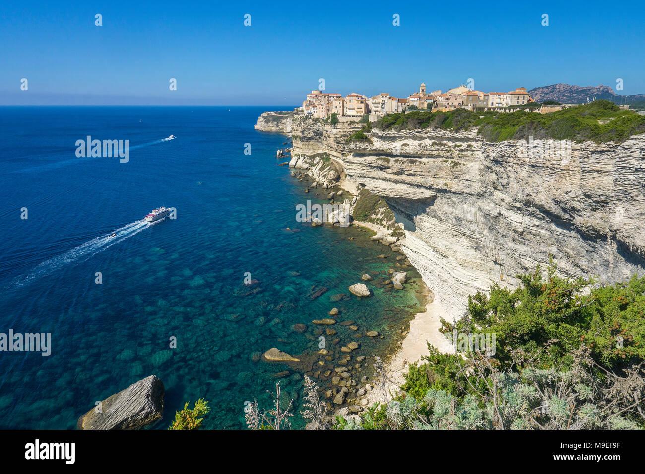Zitadelle und der oberen Stadt Bonifacio, erbaut auf einer Klippe chalkstone, Korsika, Frankreich, Mittelmeer, Europa Stockbild