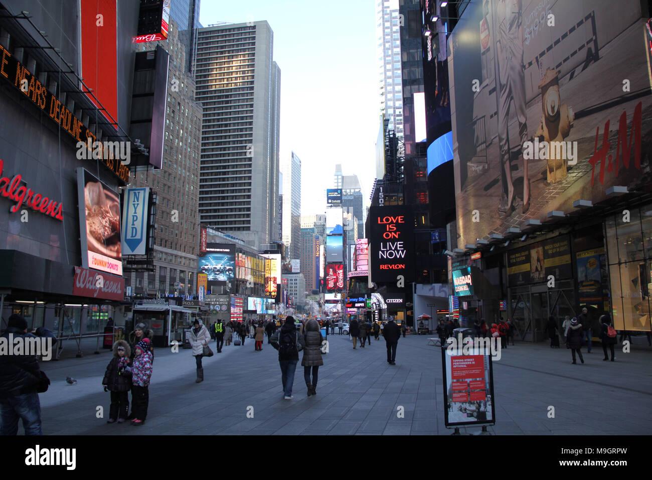 7th Avenue, Times Square, New York, Vereinigte Staaten Stockbild