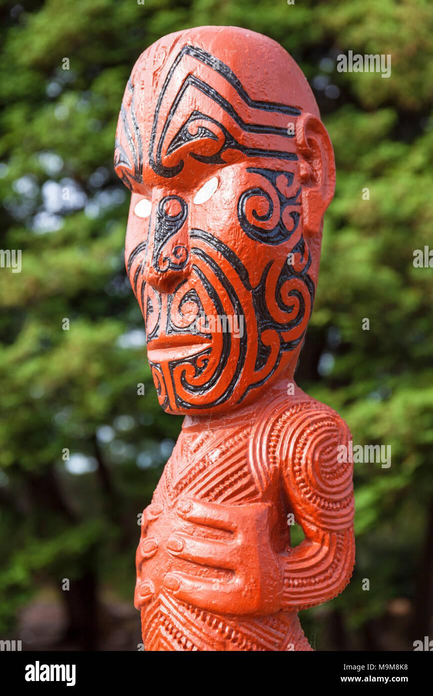 Neuseeland rotorua Neuseeland Maori carving Facial tattoos Maori tattoo Gesicht Government Gardens Neuseeland Nordinsel Neuseeland rotorua Stockbild