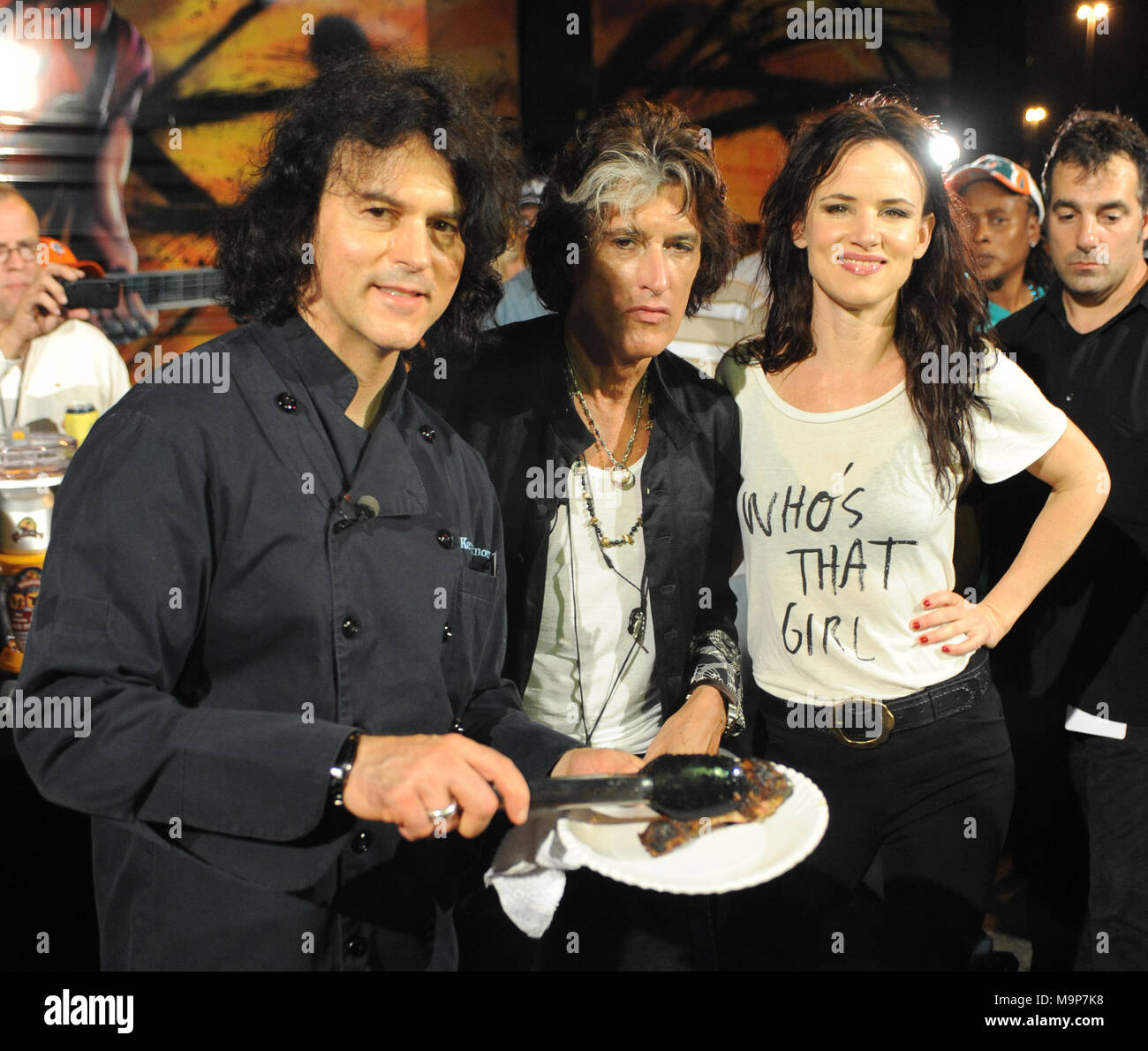 Joe Perry And Cleb Chef Kerry Simon Stockfotos & Joe Perry And Cleb ...