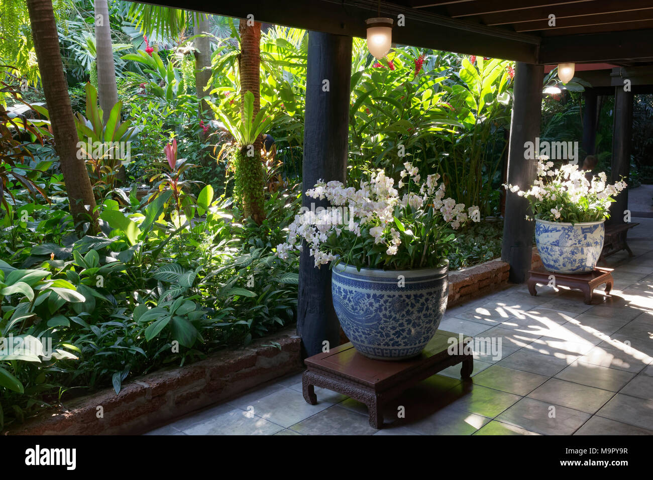 thai stilt house stockfotos thai stilt house bilder alamy. Black Bedroom Furniture Sets. Home Design Ideas