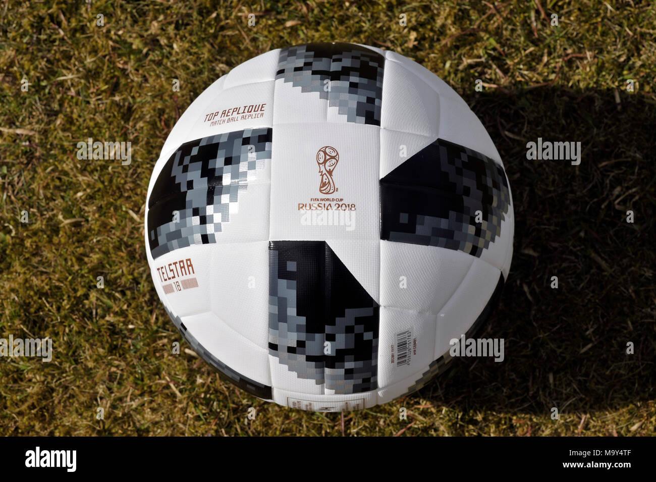 Adidas Telstar Fussball Wm 2018 Stockfoto Bild 178232111