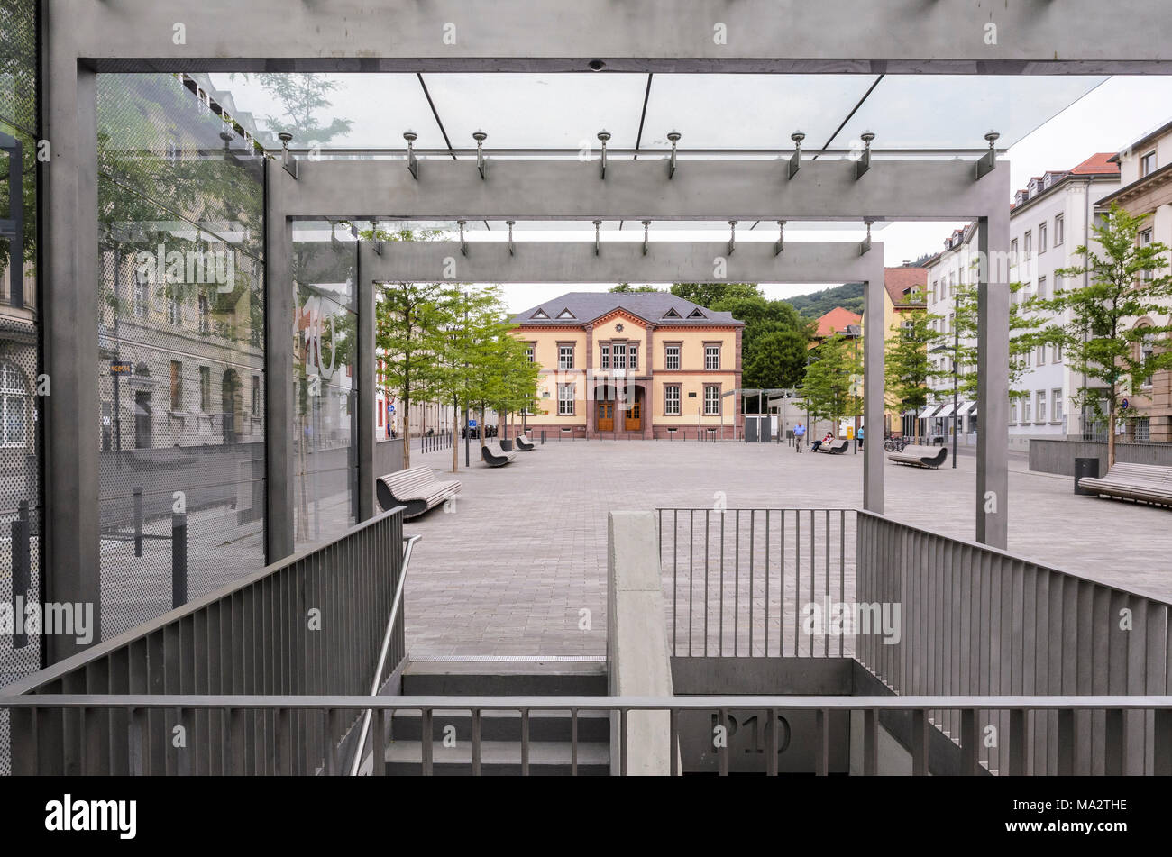 friedrich ebert platz stockfotos friedrich ebert platz bilder alamy. Black Bedroom Furniture Sets. Home Design Ideas