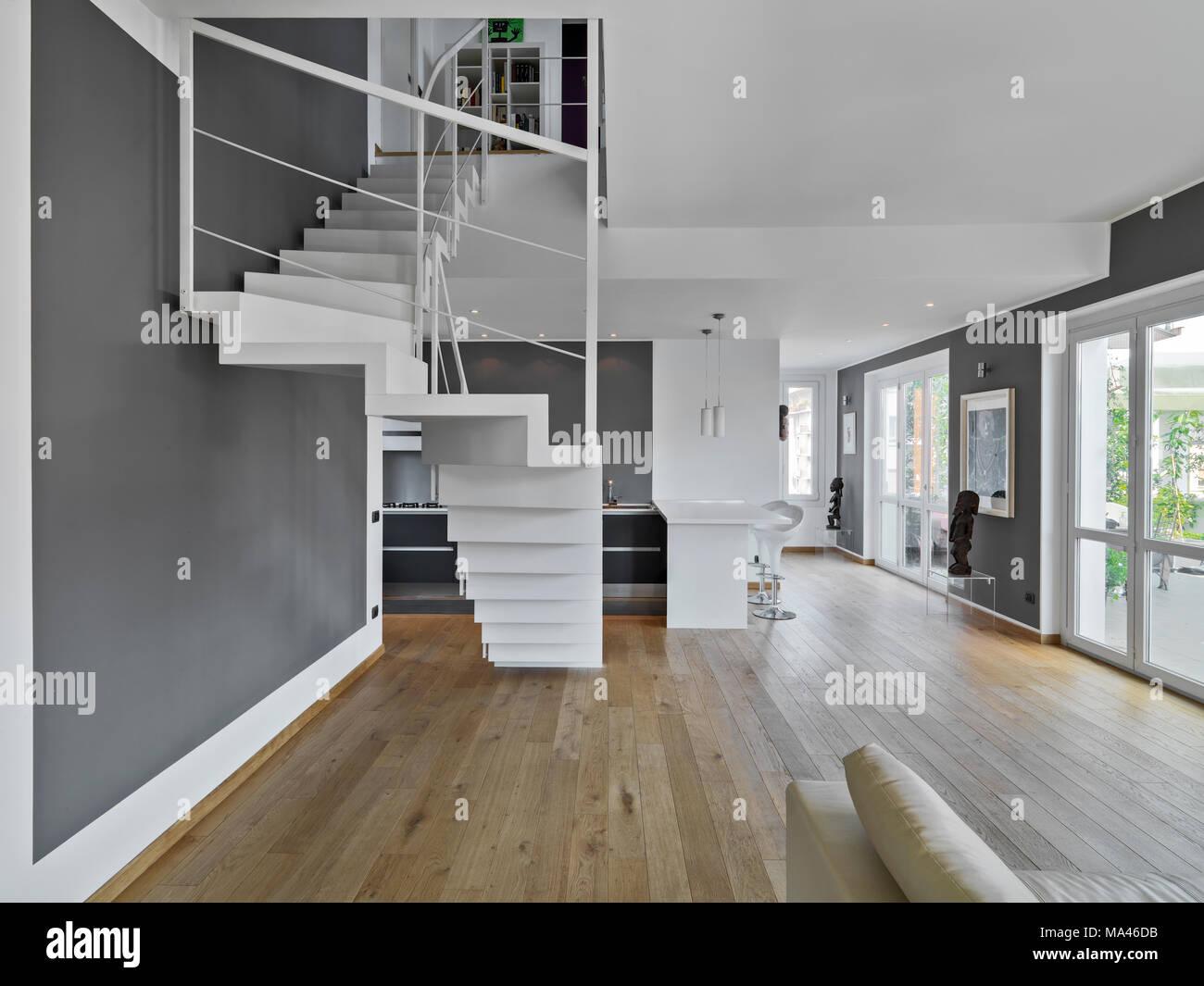 Interieur Schüsse eines modernen Apartment im Vordergrund die ...