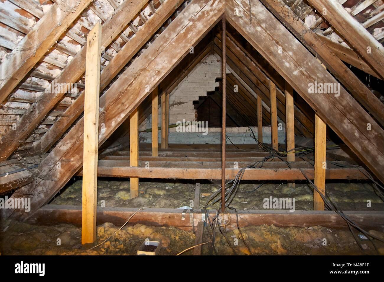 Projekt re-Dach und Ziegel ein Haus in Shropshire Baujahr 1900 s ...