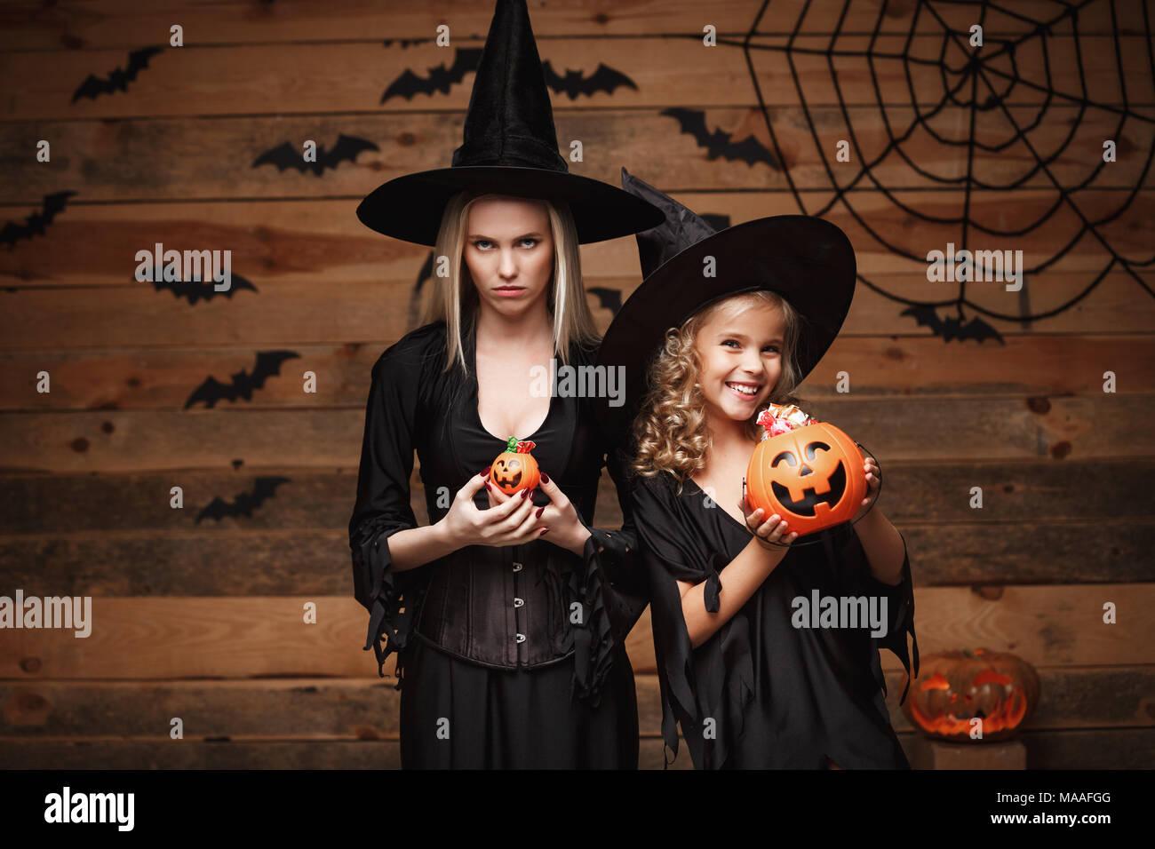Witch Lollipop Stockfotos & Witch Lollipop Bilder - Alamy