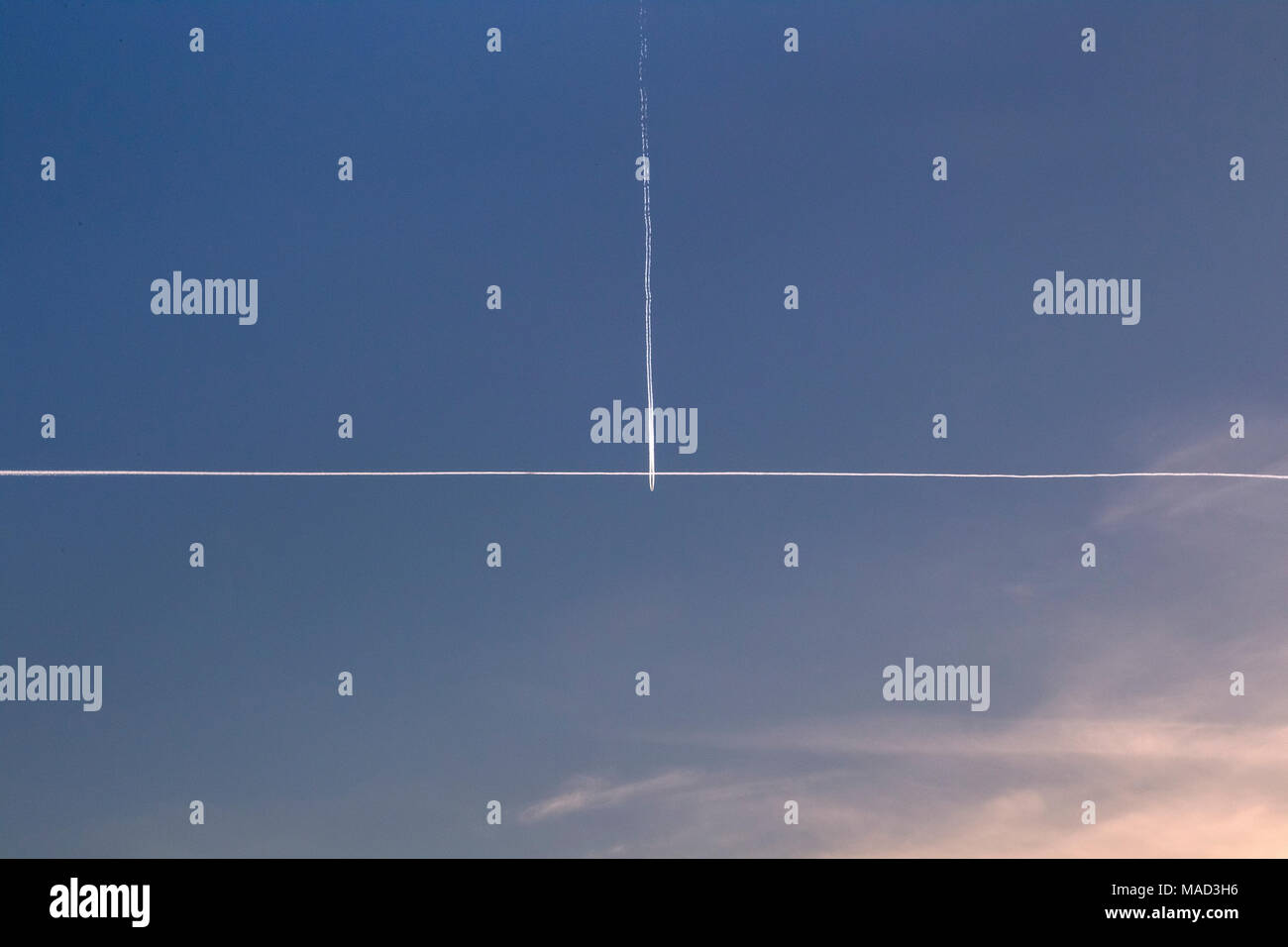 Relativ Rechter Winkel Stockfotos & Rechter Winkel Bilder - Alamy OK53