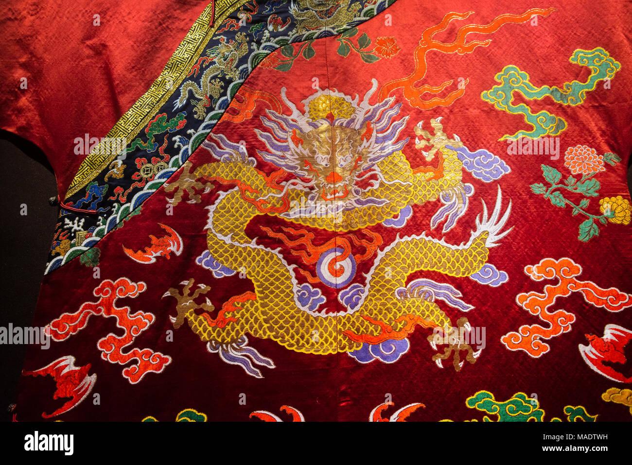 Imperial Robe auf Anzeige im Präsidentenpalast, Nanjing, Provinz Jiangsu, China Stockbild