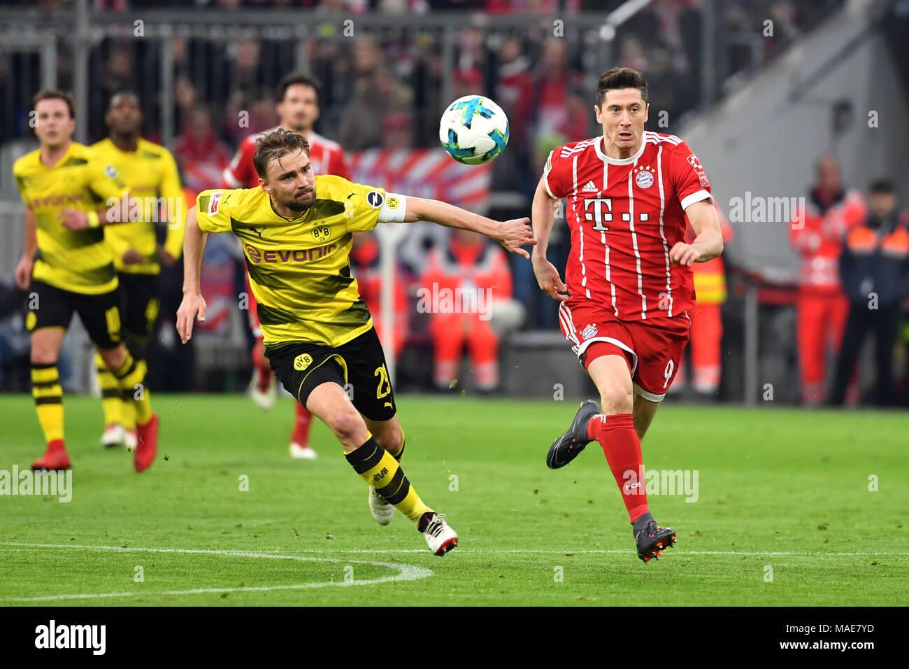 Robert Lewandowski Fc Bayern München Marcel Schmelzer Borussia