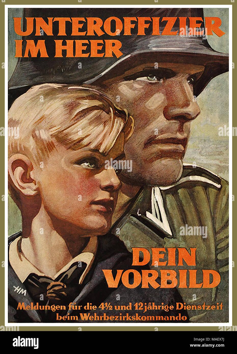 WW 2 NS-Propaganda Poster für Hitler Jugend 1943 ein Non-Commissioned Officer in der Armee sein. Seinem Beispiel folgen. Nachricht an unser Hitler Jugend zwischen 4 1/2 und 12 Jahre alt. Stockbild