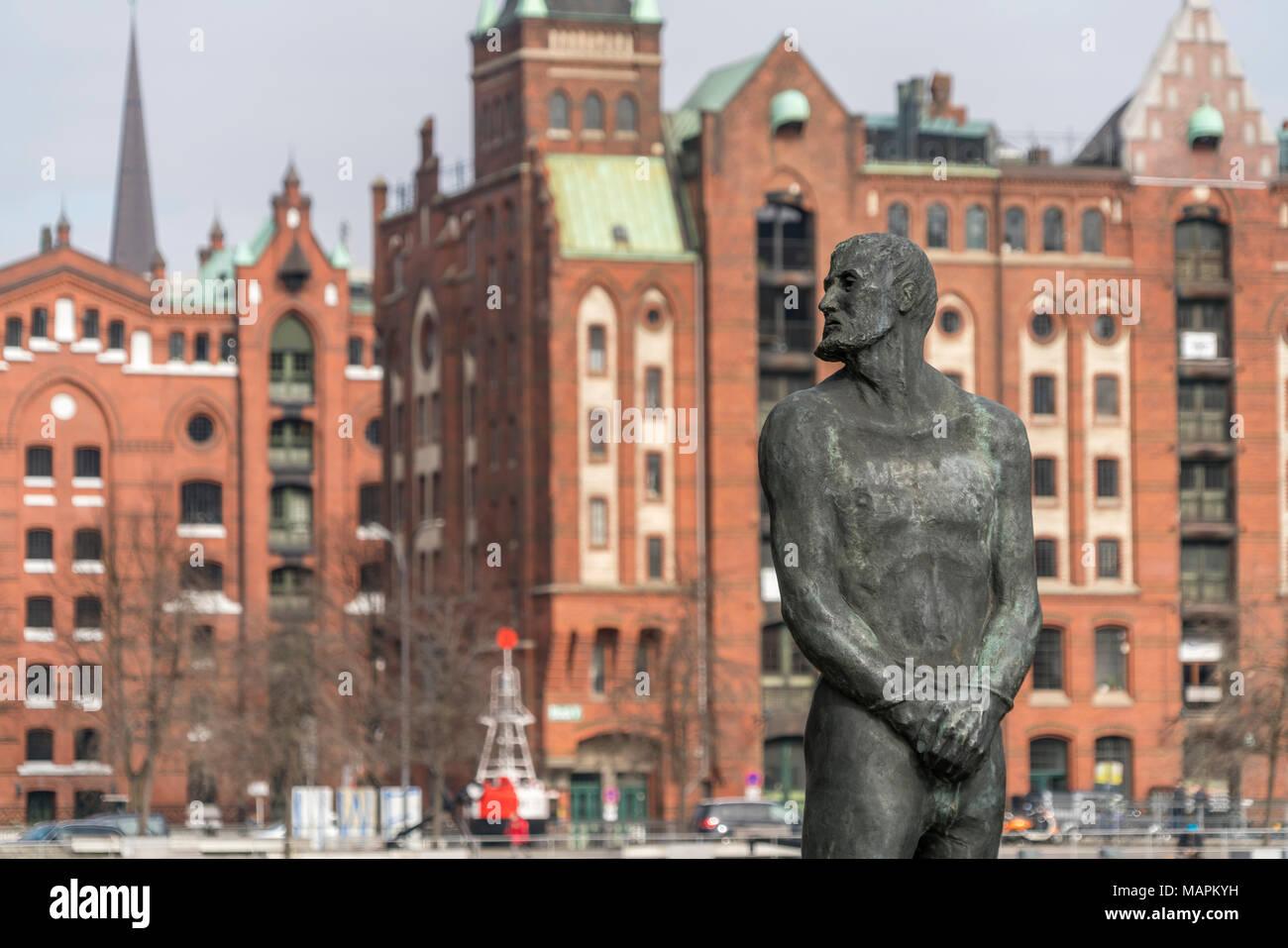 Denkmal des berühmten freibeuters Klaus Störtebeker, HafenCity, Freie Hansestadt Hamburg, Deutschland | Seeräuber Klaus Störtebeker Statue, HafenCity, Stockbild