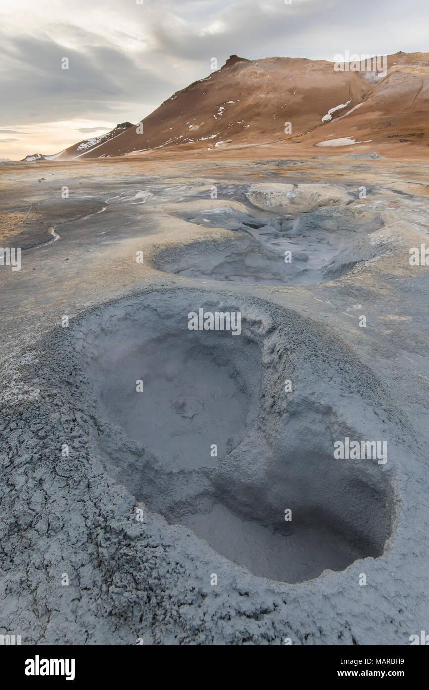 Mudpots an Hverir, Namafjall, Island Stockbild