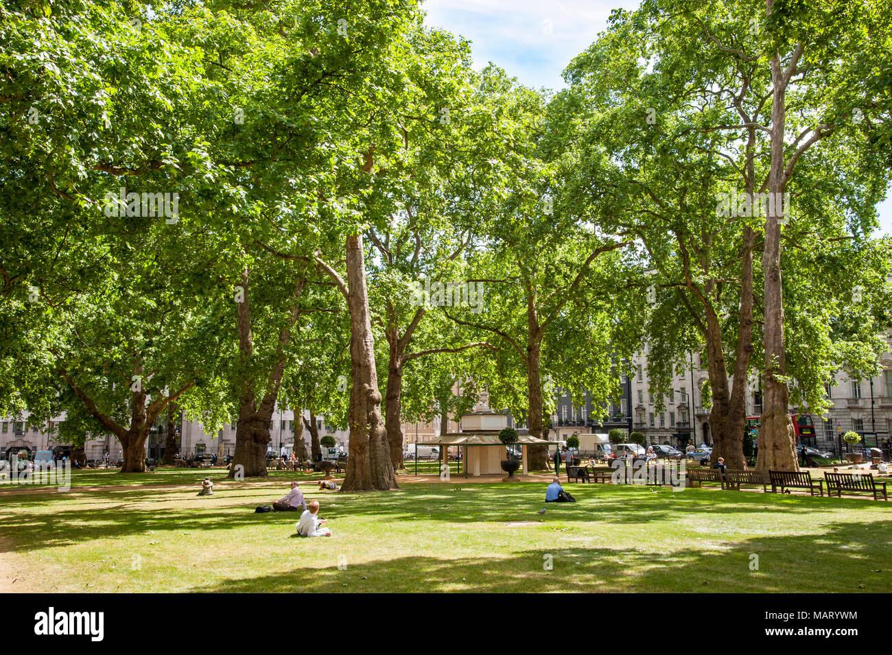 Berkeley Square Gardens, London, UK Stockbild